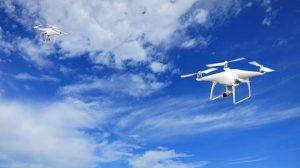 Jakie zalety daje wykorzystanie dronów przez fotografa?