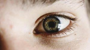 Redukcja cieni pod oczami na terenie Białegostoku