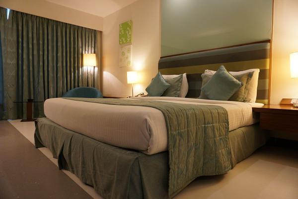 Ocieplające sypialnię lampki nocne