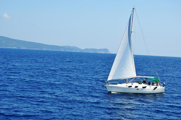 tani czarter jachtu w Grecji